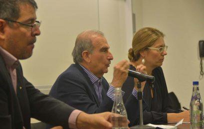 Encuentro de los estudiantes y profesores de la Maestría con Humberto de la Calle